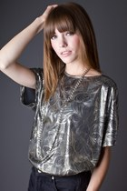 Silver-metallic-silver-telltale-hearts-vintage-blouse