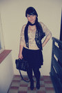Neutral-thrifted-sweater-black-h-m-scarf-black-new-yorker-bag