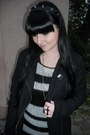 Black-mudd-jeans-black-gate-jacket-white-new-yorker-sweater