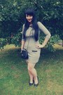 Silver-chillin-dress-black-new-yorker-bag-black-offbrand-heels