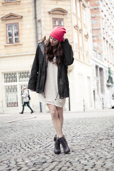 H&amp;M hat - H&amp;M dress - Bershka jacket