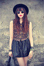 Forever-21-hat-shirt-round-sunglasses-leather-skirt
