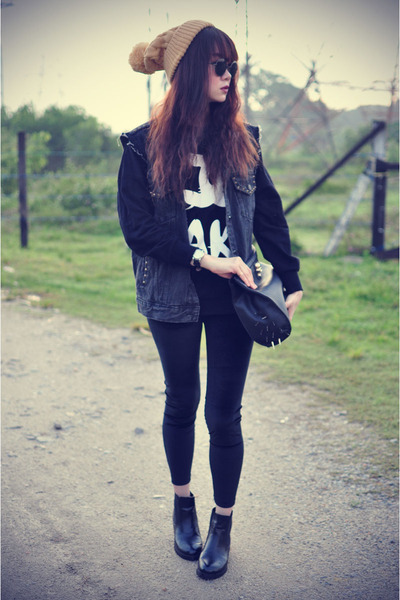 vintage denim vest - leather boots - sweater - leggings