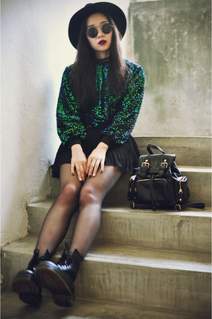 backpack Chicwish bag - Dr Martens boots - sequin Chicwish sweatshirt
