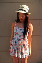 beige f21 hat - beige BDG dress