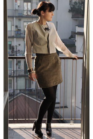 beige Rick Owens jacket - green H&M skirt - brown balenciaga shoes