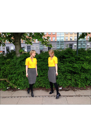 yellow Topshop top - black dune shoes - black checkered Topshop skirt