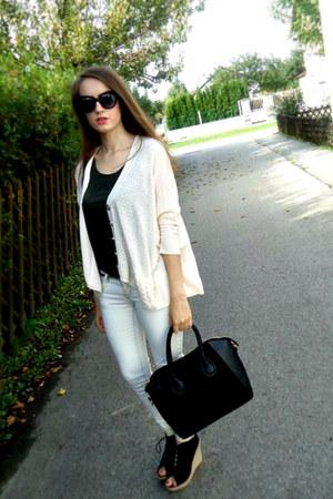 black Dressve bag - black OASAP sunglasses - nude chicnova cardigan