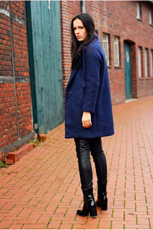 navy choiescom coat - black Zara boots - black H&M pants
