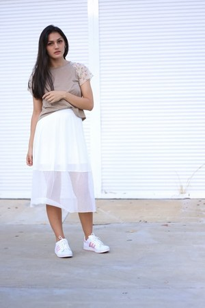 white mesh Front Row Shop skirt - tan contrast sleeve Masque top