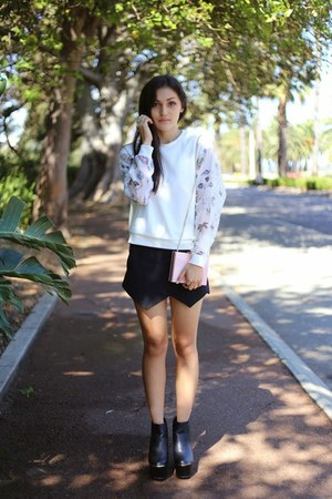 white cartoon print Front Row Shop sweater - black platform Missguided boots