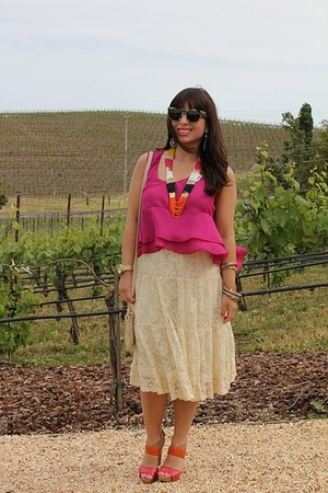 hot pink Nine West shoes - carrot orange Aldo necklace - off white Forever 21 sk