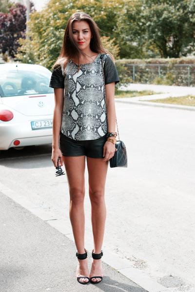 Topshop top - Zara shorts - Prada sunglasses - Zara sandals