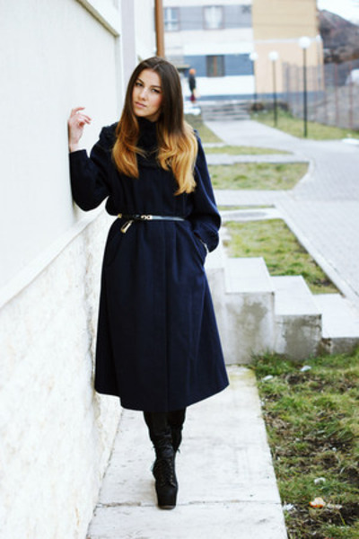 vintage coat - Jeffrey Campbell boots - Zara pants - H&amp;M bracelet