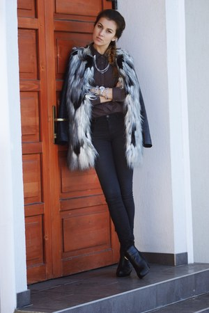 pull&bear jacket - Mojito boots - H&M jeans - Zara shirt - H&M accessories