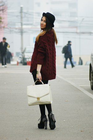 Zara sweater - Jeffrey Campbell boots - Topshop hat - thrifted bag - H&M skirt