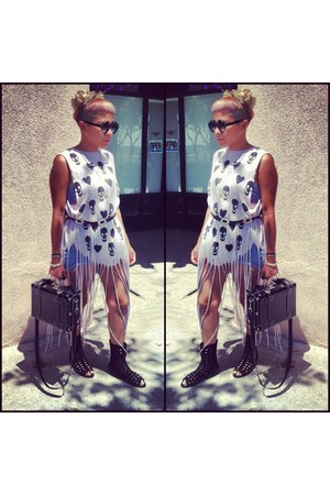 wildfox couture shirt - Levis shorts