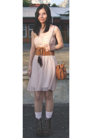 asymetrical Bershka dress - suade LBT Jeans belt - owl feather SIX necklace