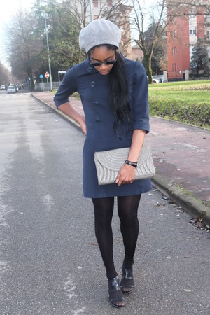 navy Guess dress - periwinkle Zara bag - H&M ring