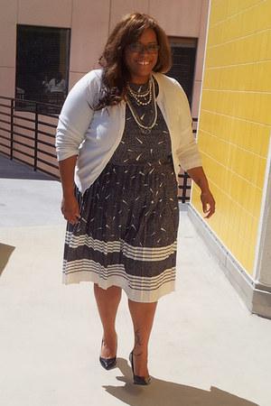 Dolce Vita pumps - Goodwill dress - merona cardigan