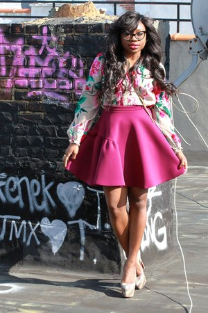 hot pink neoprene MSGM skirt - tan crossbody Miu Miu bag