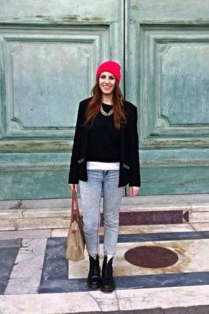 black Dr Martens boots - sky blue washed Zara jeans - hot pink asos hat