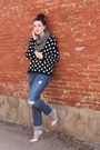Blue-distressed-hollister-jeans-black-polka-dots-h-m-sweater
