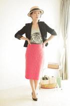 coral Topshop skirt - black vintage blazer