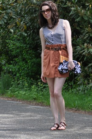 vintage belt - vintage top - Forever 21 skirt - American Eagle sandals