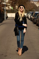 Sisley sunglasses - skinny H&M jeans - black H&M hat - shoulder second-hand bag