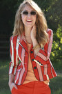 Light-orange-gap-shirt-carrot-orange-target-blazer-white-kensie-sunglasses