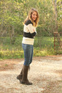Gap-sweater-clarks-boots-lucky-brand-jeans
