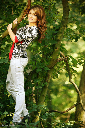 white blouse - black blouse - red blouse - gray shoes