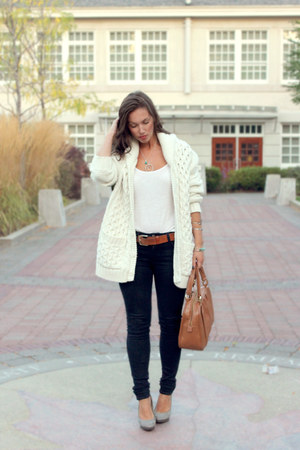 ivory H&M cardigan - navy Fidelity Denim jeans - burnt orange Mary Nichols bag