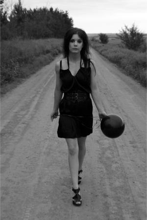 black H&M dress - black Accessorize belt - black le chateau shoes