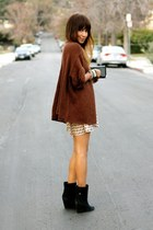 burnt orange knitted cardigan - black suede boots - beige polka dot dress