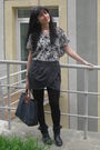 Gray-denim-co-dress-gray-longchamp-purse-gray-peacocks-sunglasses