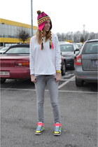 Mango jeans - OASAP sweater - Sacha sneakers