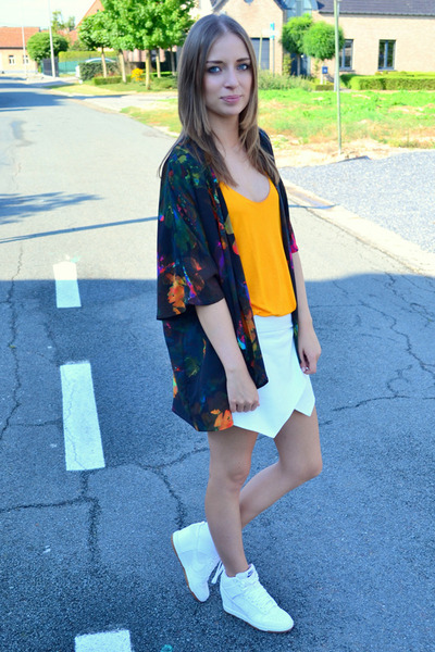 Zara shorts - H&M vest - nike wedges