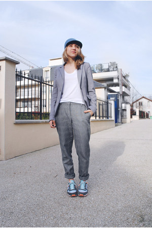 sky blue felt Monki hat - checkered Mango pants