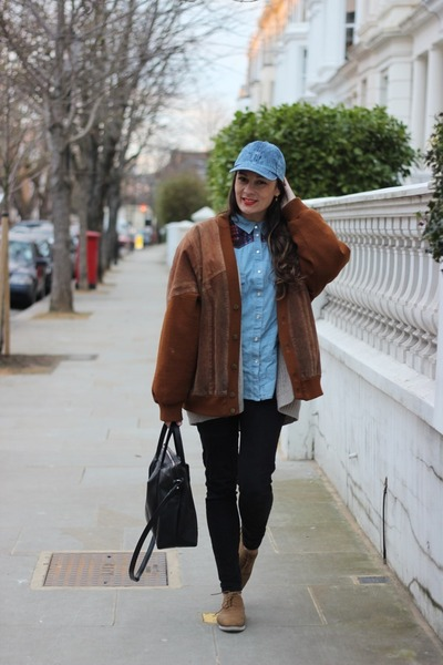 Primark hat - Urban Outfitters pants