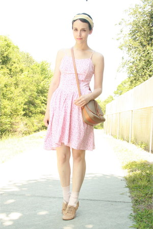 red Twitch Vintage dress - white thrifted scarf - tan thrifted Dooney & Bourke p