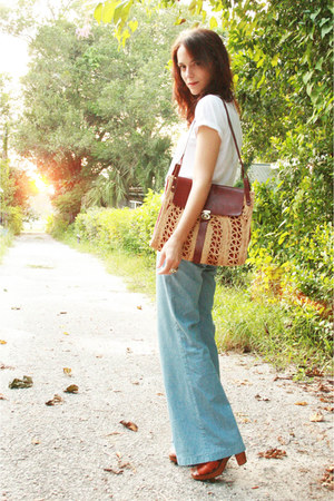 crimson thrifted purse - light blue Levis jeans - white Hanes t-shirt