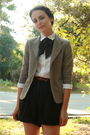 Beige-thrifted-blazer-white-thrifted-blouse-black-thrifted-shorts-red-thri