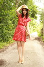 Red-floral-print-twitch-vintage-dress-tan-straw-boater-thrifted-hat