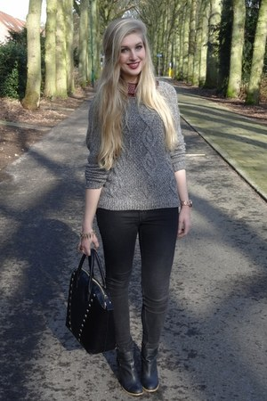 black H&M shoes - black H&M jeans - dark gray H&M sweater - black H&M bag