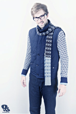 navy Matinique jacket - silver Matinique sweater - sky blue Scotch & Soda shirt
