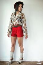 red vintage shorts - brown vintage shirt - brown NyLa shoes - red Vintage United