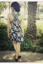 VIRVIN dress - Chanel flats