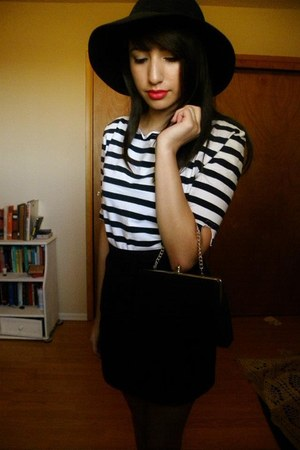 striped shirt - felt hat hat - tights - clutch bag - skirt